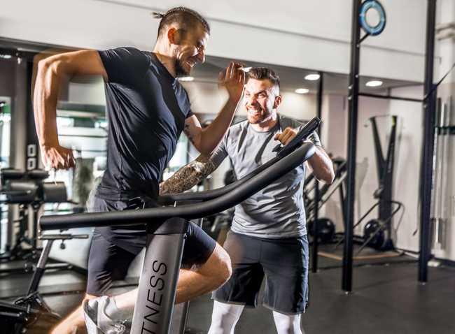 Как правильно заниматься интервальными тренировками на беговой дорожке